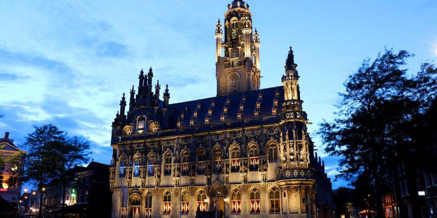 Zeeland Transfer shoppen in Middelburg - Bild von pearly- peach auf Pixabay
